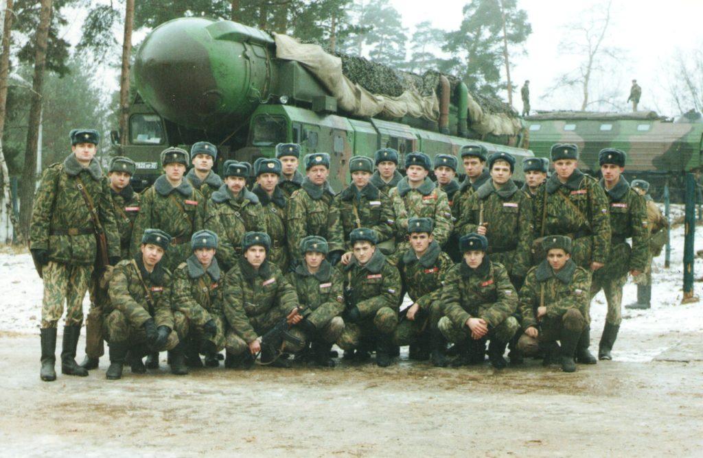 Апрель 2000 года